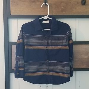 2t button up light weight gently worn
